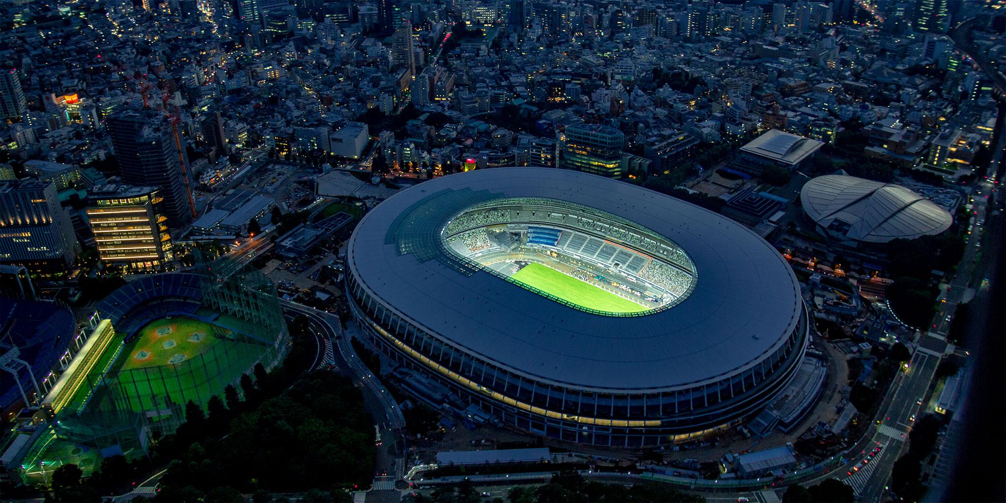 新国際競技場上空からの夜景