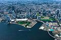 ヘリコプターで東京上空をフライトして見えるみなとみらい