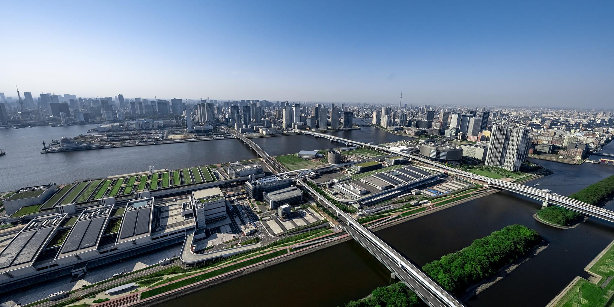 ヘリコプターで東京上空をフライトして見える豊洲